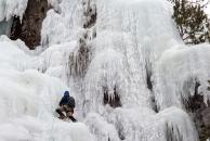 Jordi lead climbing