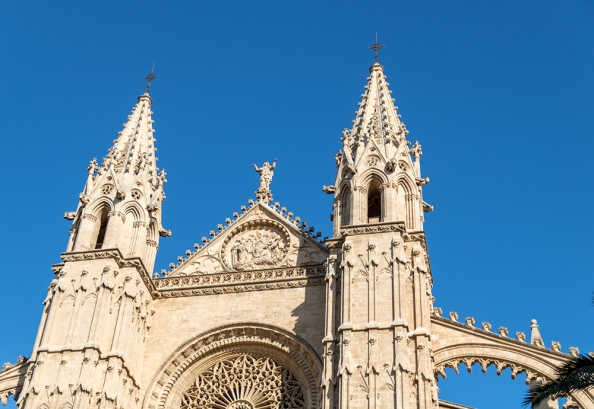 A view of the Palma Cathedral from the Royal Palace of La Almudaina